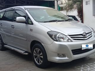 Toyota Innova 2.5 G4 Diesel 8-seater