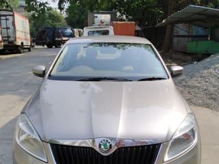 2012 స్కోడా రాపిడ్ 1.6 MPI Ambition Plus