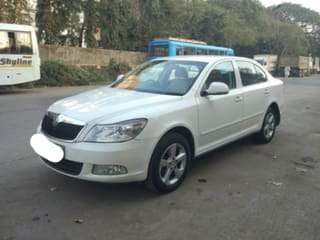 2011 Skoda Laura Elegance 1.9 TDI  AT