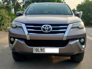 2017 டொயோட்டா ஃபார்ச்சூனர் 2.8 2WD AT BSIV