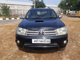 2009 Toyota Fortuner 2.8 4WD MT