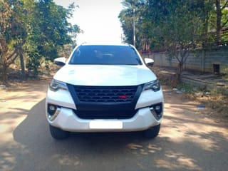 2017 Toyota Fortuner 2.8 4WD MT