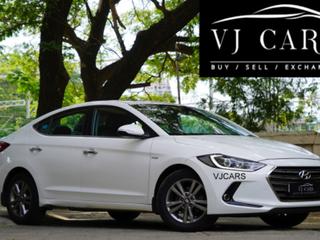 Hyundai Elantra 2.0 SX Option AT