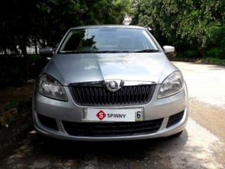 Used Skoda Rapid In Delhi 24 Second Hand Cars For Sale With Offers