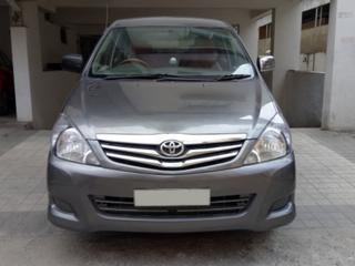 2010 Toyota Innova 2.5 G (Diesel) 8 Seater BS IV