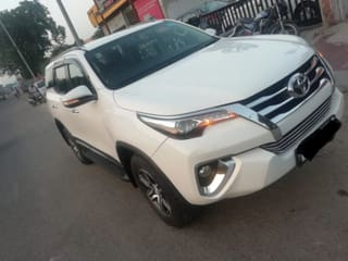 2018 Toyota Fortuner 2.5 4x2 AT TRD Sportivo