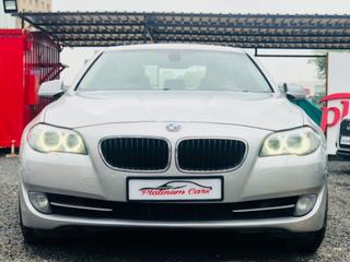2012 BMW 5 Series 2003-2012 530d Highline