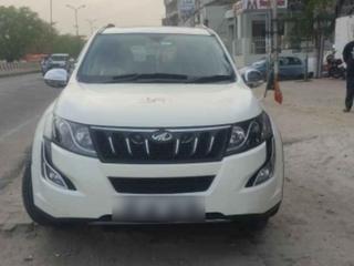 2015 Mahindra XUV500 W10 2WD