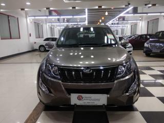 2017 Mahindra XUV500 W10 2WD