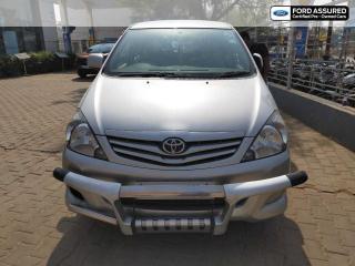 2010 Toyota Innova 2.5 GX 8 STR