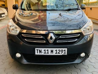 2015 Renault Lodgy Stepway 110PS RXZ 8S