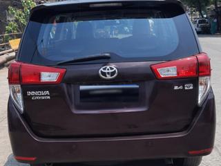 Toyota Innova Crysta 2.4 VX MT 8 STR