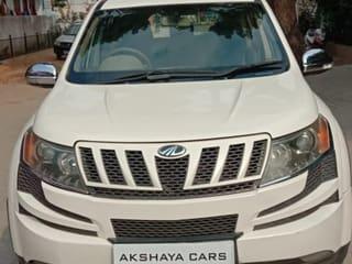 2014 Mahindra XUV500 W8 FWD