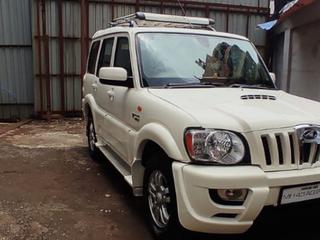 Mahindra Scorpio VLX 4WD AT BSIV