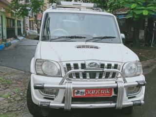 Mahindra Scorpio VLX 2WD BSIV