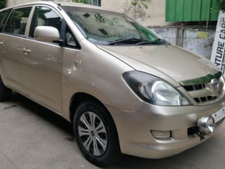 Toyota Innova 2.5 G (Diesel) 8 Seater