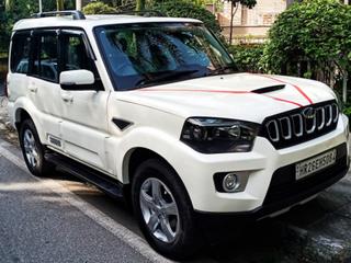Mahindra Scorpio S9 BSIV