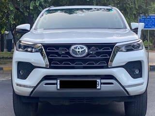 Toyota Fortuner 4X4 Diesel AT