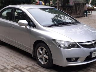 Honda Civic 1.8 V MT Elegance