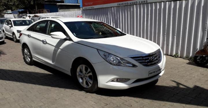 Hyundai Sonata Transform 2.4 GDi AT
