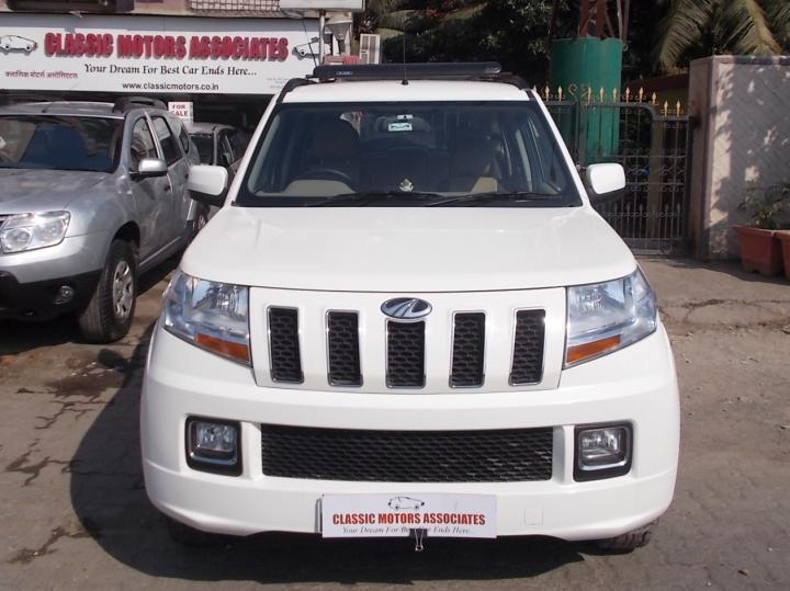 Mahindra TUV 300 mHAWK100 T8