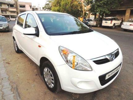 Hyundai i20 2012-2014  1.4 CRDi Magna
