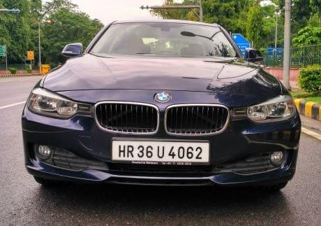 BMW 3 Series  320d Prestige