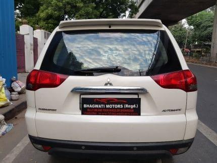 Mitsubishi Pajero Sport  Select Plus 4X2 AT