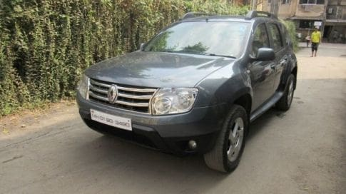 used renault duster in mumbai certified second hand duster zigwheels. Black Bedroom Furniture Sets. Home Design Ideas