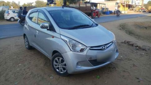 Hyundai EON Magna