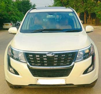 Mahindra XUV500 W11 AT BSIV