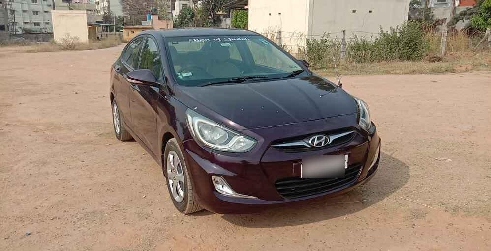 Hyundai Verna 1.6 Ex Vtvt