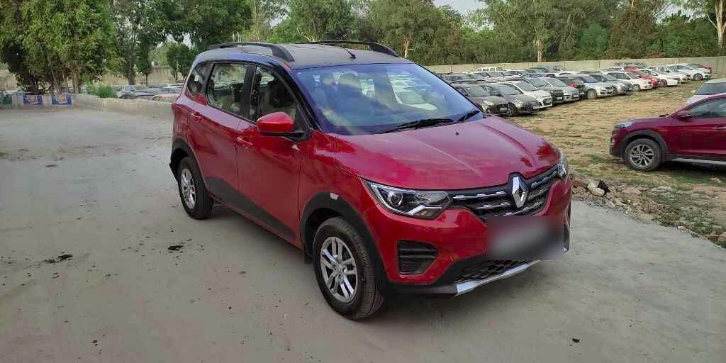 Renault Triber Rxt