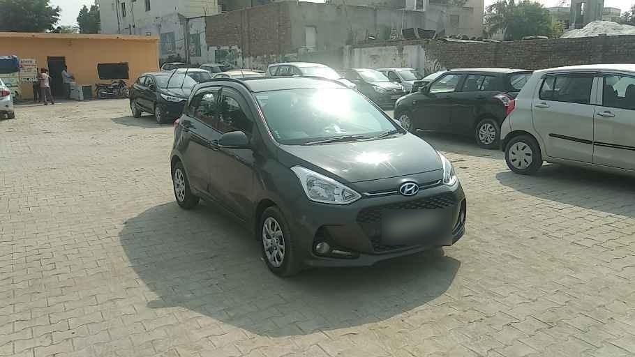 Hyundai Grand I10 Sportz Petrol Bsiv