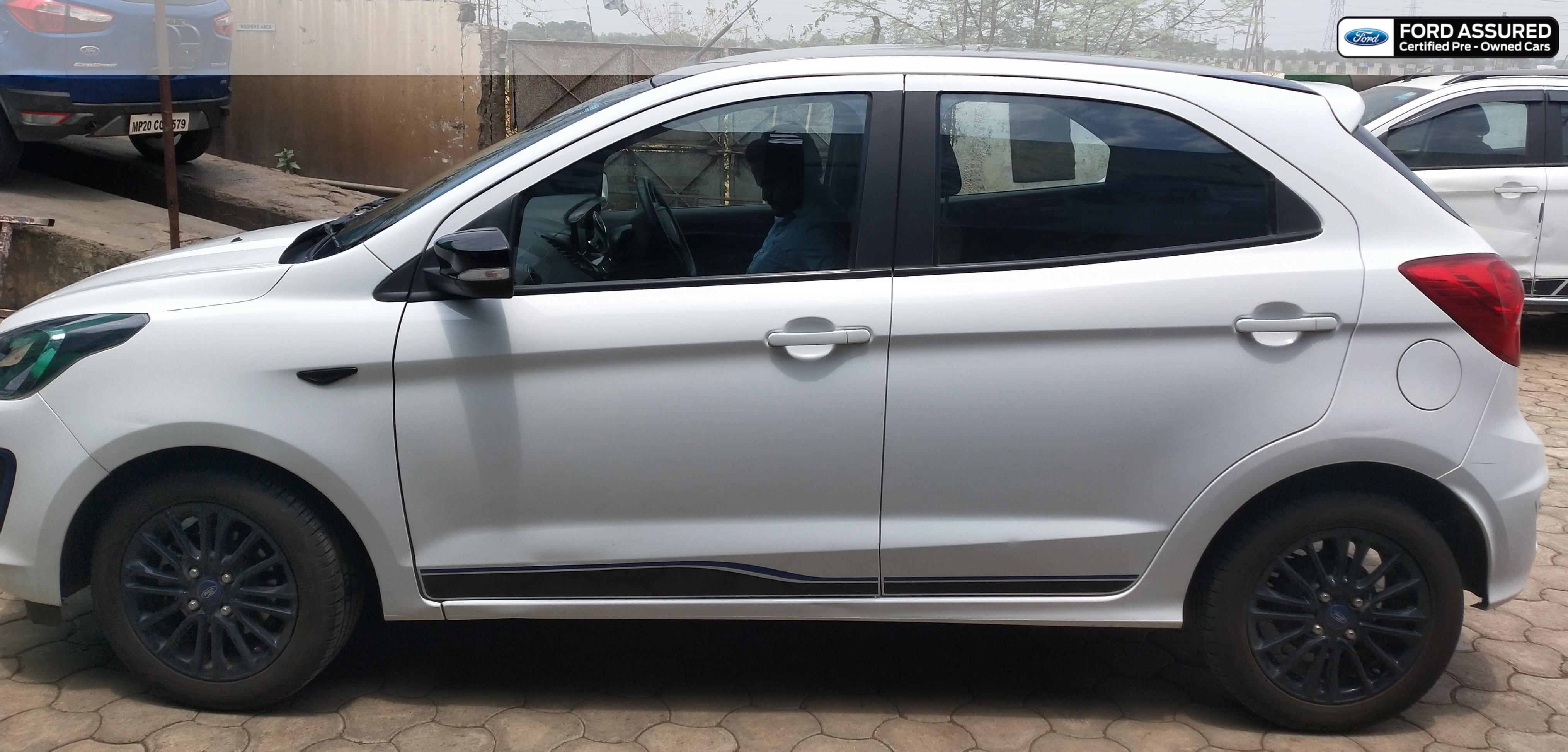 Ford Figo Titanium Blu BSIV