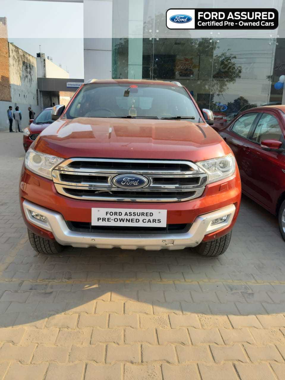Ford Endeavour 2015-2020 2.2 Trend MT 4X4