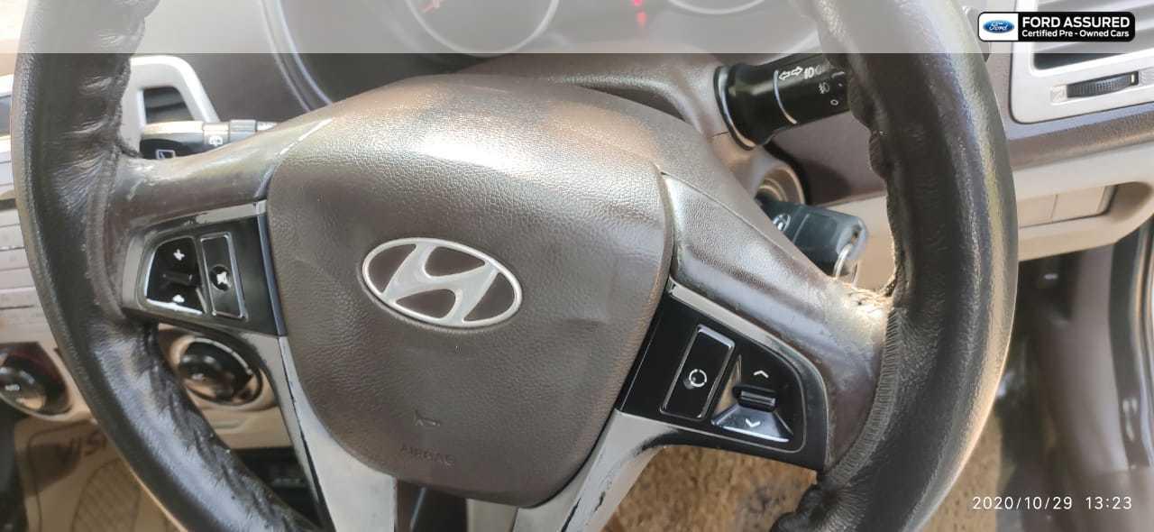 Hyundai i20 2009-2011 Asta 1.4 CRDi (Diesel)