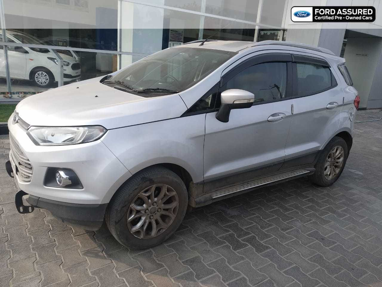 Ford EcoSport 2013-2015 1.5 DV5 MT Titanium Optional