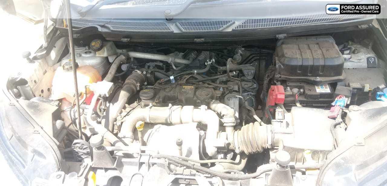 Ford EcoSport 2013-2015 1.5 DV5 MT Titanium Optional
