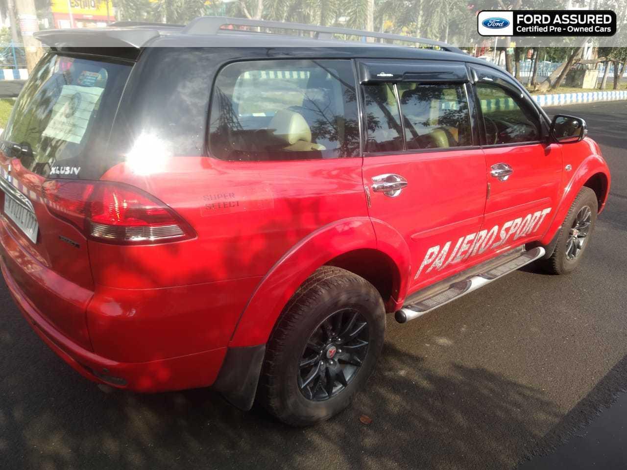 Mitsubishi Pajero Sport 4X4 DualTone BlackTop